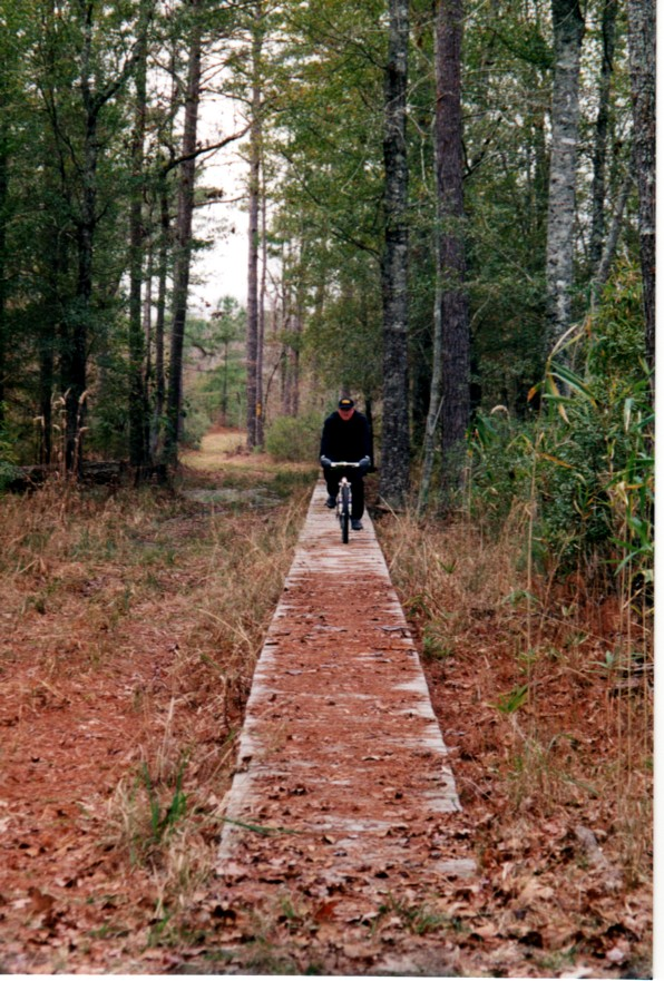 Lake Moultrie trail